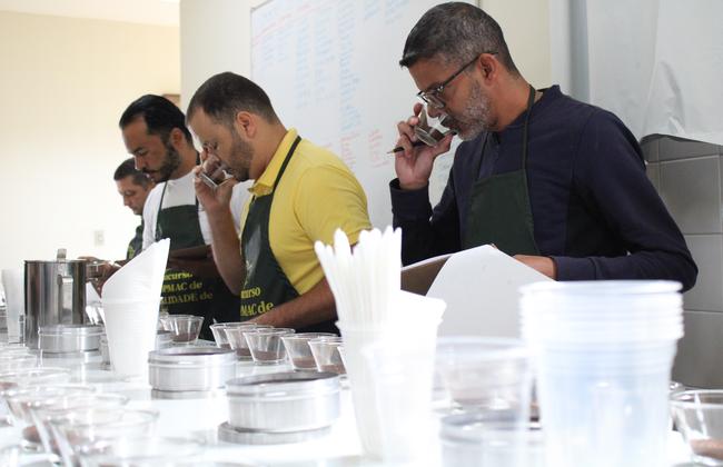 II Concurso COOPMAC de Qualidade de Café destaca produção de cafés finos no Planalto da Conquista